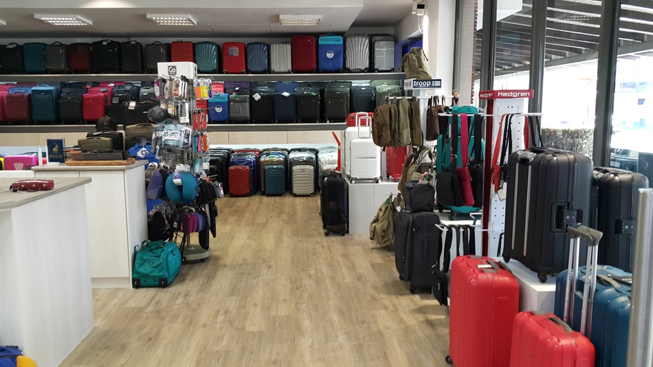 How to find and book the suitable luggage storage facility?